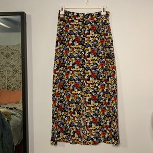 FOREVER 21 Button up floral maxi skirt